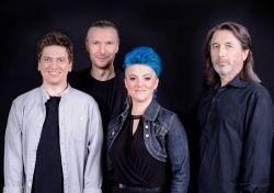 czteroosobowy zespół muzyczny Lubelska Federacja Bardów
